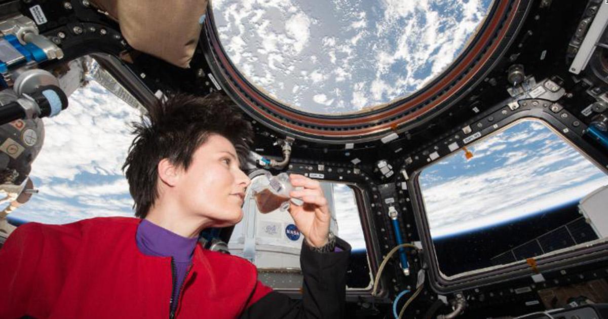 ตุนเสบียง เตรียม อาหารอวกาศ ที่พัฒนาถึงขั้นเตรียมเดลิเวอรีเมนูโปรดตามใจนักบินสั่ง