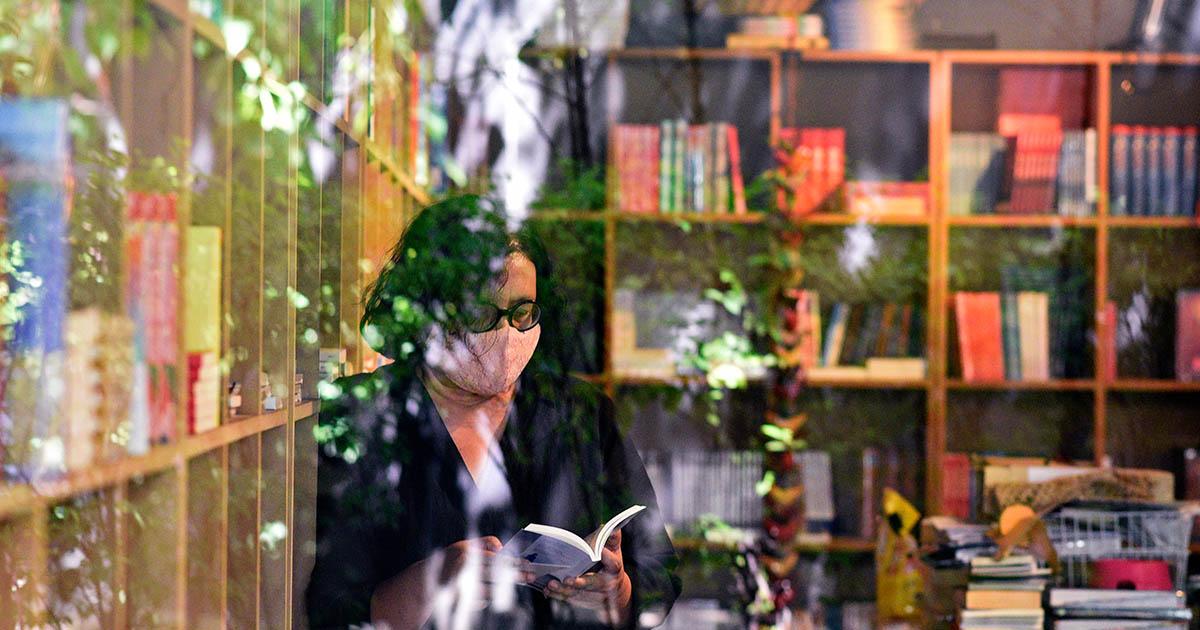 Candide Books ในวันที่ร้านหนังสือต้องก้าวขาออกจาก Comfort Zone