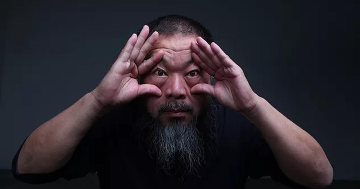 ครั้งแรกในไทยกับนิทรรศการ อ้าย เวยเวย ศิลปินที่ใช้ศิลปะวิพากษ์สังคมอย่างแสบสัน