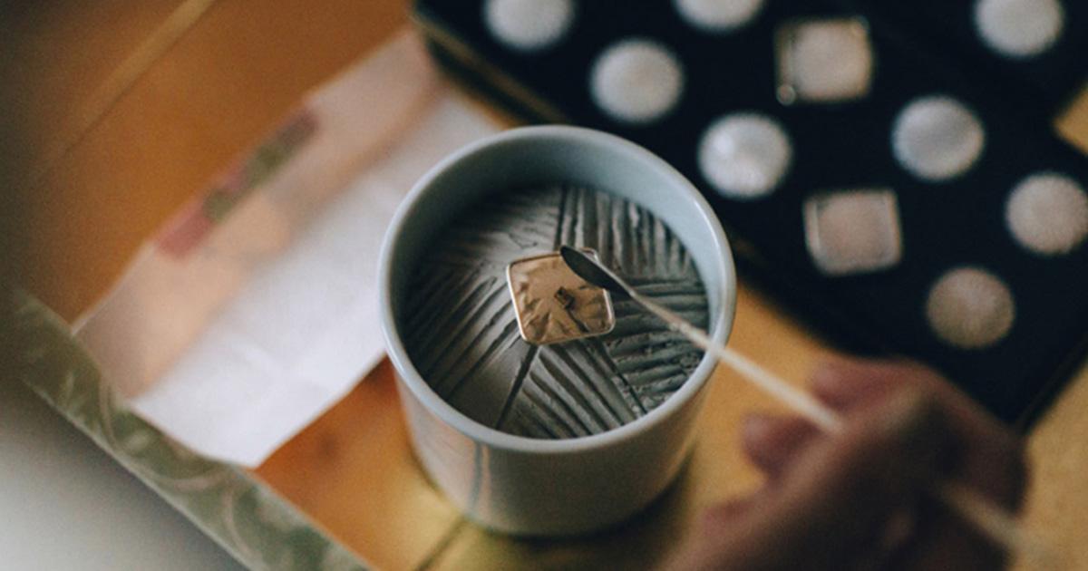 ฝึกฟังเสียงกลิ่นผ่าน พิธีโคโด การละเล่นทายกลิ่นที่มีมานานร่วม 700 ปี