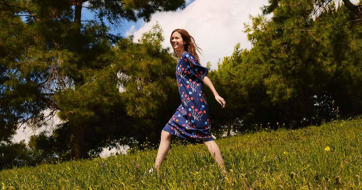 เบื้องหลัง UNIQLO x Marimekko คือ ประเพณีฉลองฤดูร้อนของชาวนอร์ดิก