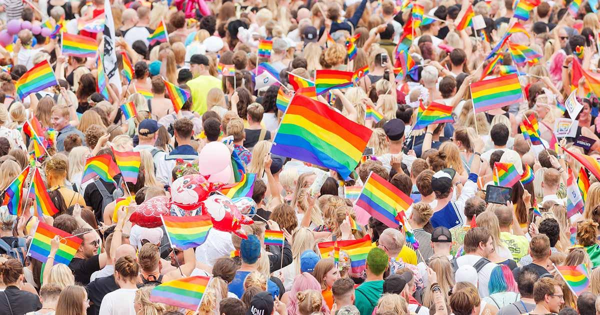 ไขความหมายที่ซ่อนในสีรุ้งของ Rainbow LGBT Pride Flag