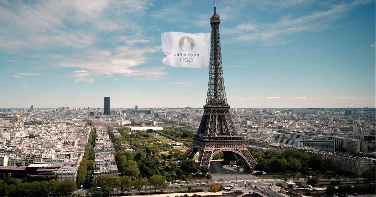 นับถอยหลัง โอลิมปิก ปารีส 2024 กับธงโอลิมปิกผืนใหญ่ที่สุดในโลก
