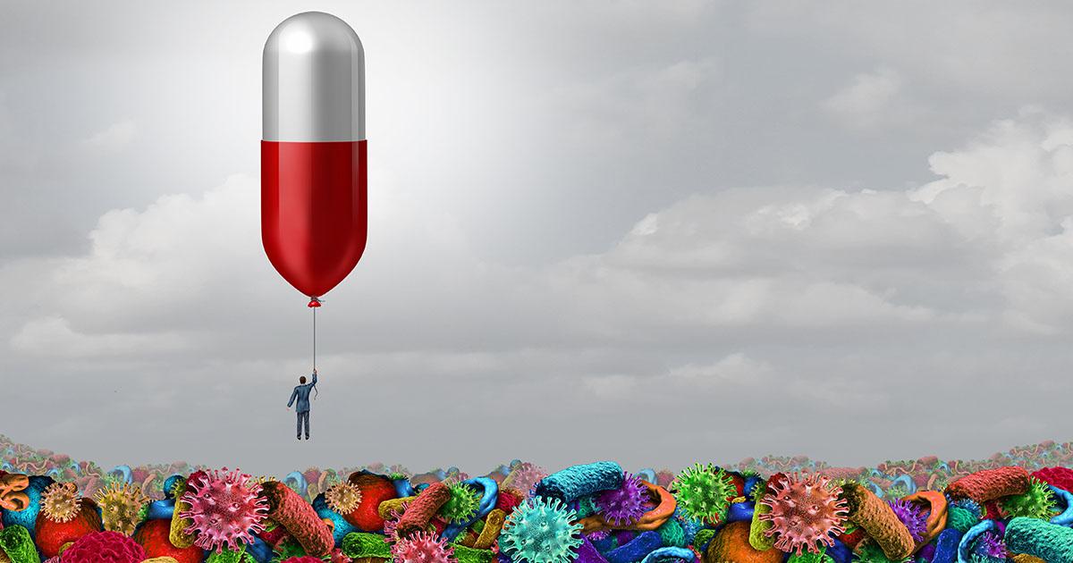 เภสัชกรร้านยา : ด่านหน้าในชุมชนที่ถูกละเลย กับนโยบายวัคซีนเข็ม 3 ไม่ครอบคลุม